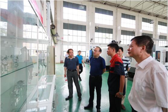 深圳技师学院一行到我院参观交流